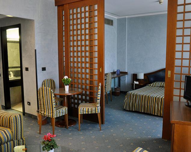 ih-hotels-milano-blu-visconti-camera-suite