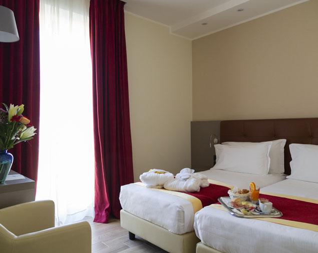 ih-hotels-milano-bocconi-porta-romana-camera-superior