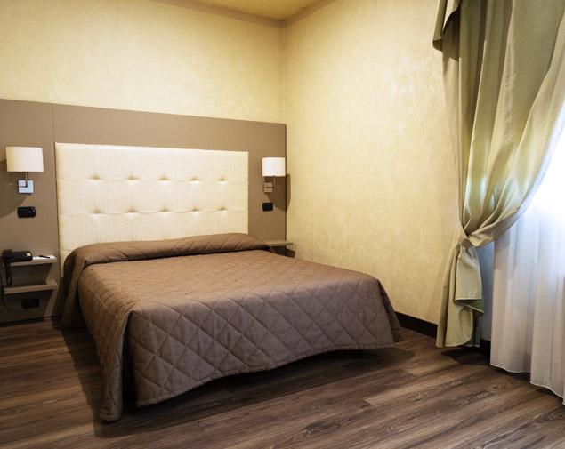 ih-hotels-bologna-amadeus-camera-economy