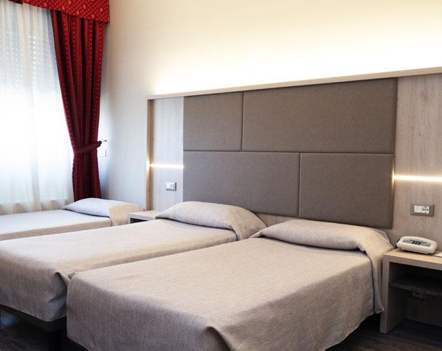 ih-hotels-bologna-gate7-albergo-4-stelle-bologna-camera-tripla