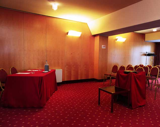ih-hotels-bologna-gate7-sala-meeting-italia