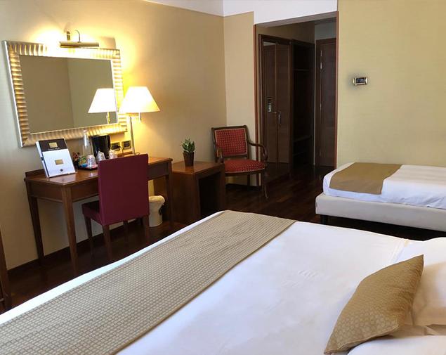 ih-hotels-roma-cicerone-triple-room