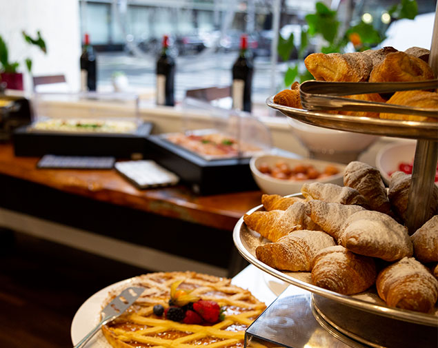 -ihhotels-roma-cicerone-breakfast