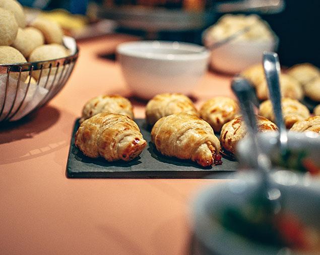 ih-hotels-agrigento-kaos-resort-breakfast