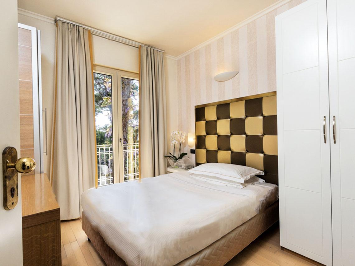 ih-hotels-forte-dei-marmi-logos-camera singola