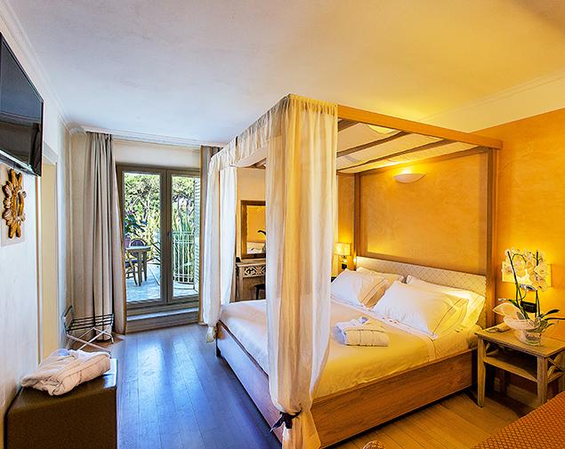ih-hotels-forte-dei-marmi-logos-camere