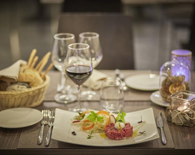 ih-hotels-milano-lorenteggio-ristorante-ih-gusto