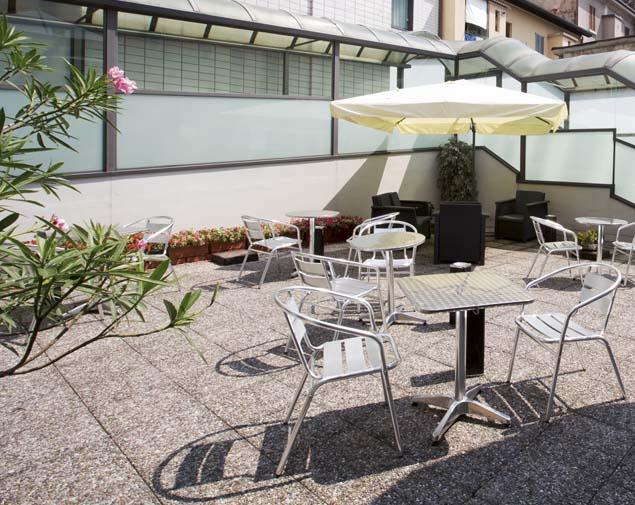 ih-hotels-milano-st-john-sesto-san-giovanni-giardino-esterno