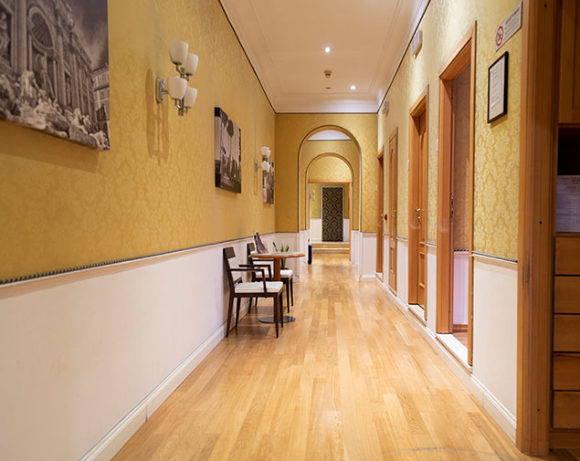 ih-hotels-piazzadispagnaview-guesthouse