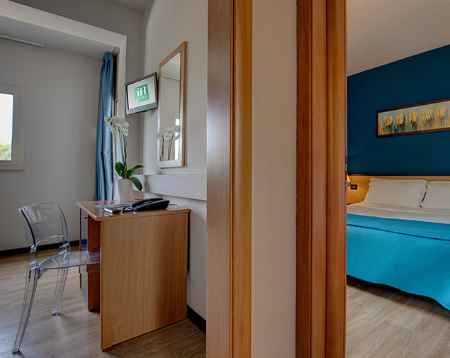 ih-hotels-monopoli-porto-giardino-resort-camera-tripla