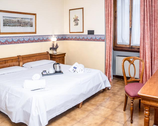 ih-hotels-firenze-select-albergo-camera-matrimoniale
