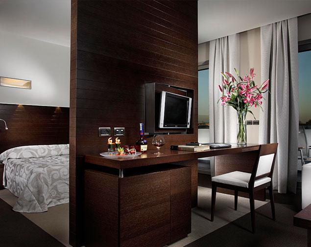 ihhotels-pomezia-selene-junior-suite