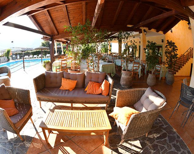 ih-hotels-villasimius-lezagare-resort-ristorante-cena-aperto